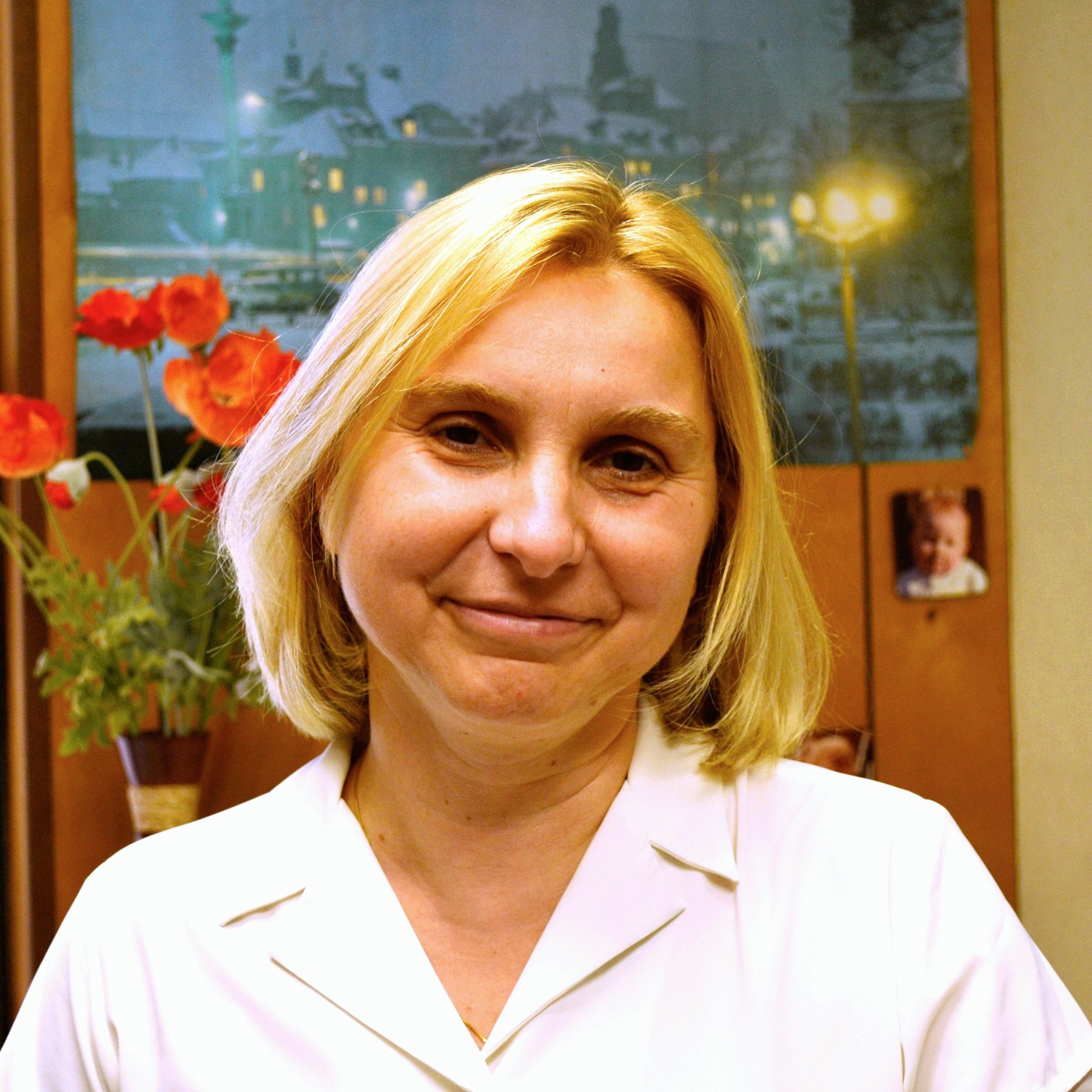 Headshot of Joanna Kitlinska in her office